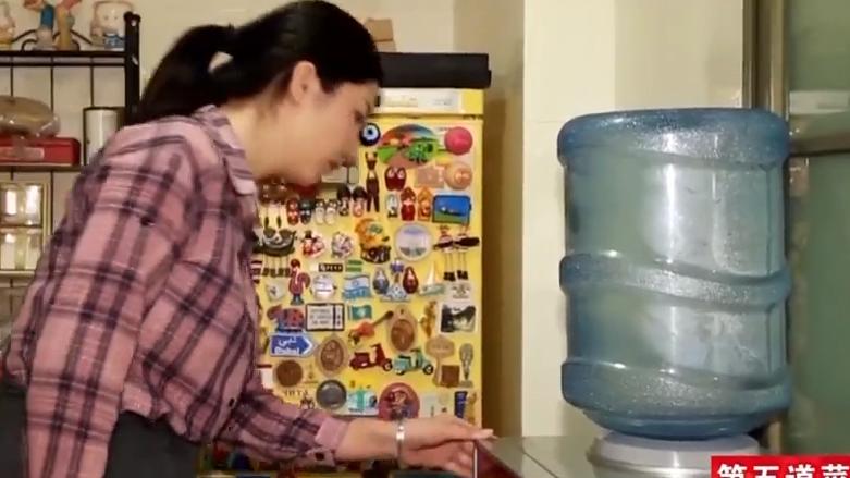 [HD][2019-12-09]消费研究院:桶装水 喝的不是水 是细菌!