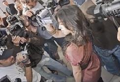 [HD][2019-12-26]马后炮:不许女记者拍明星 这闹得是什么鬼?