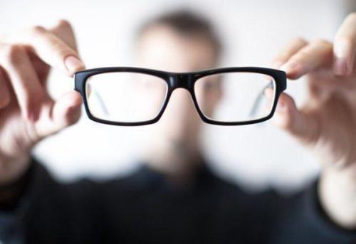 關注青少年用眼健康:眼科專家呼吁 加強預防關注眼健康