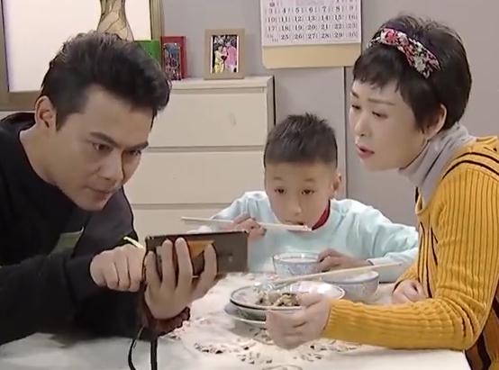 [HD][2020-04-12]外来媳妇本地郎:爸爸的影响(下)