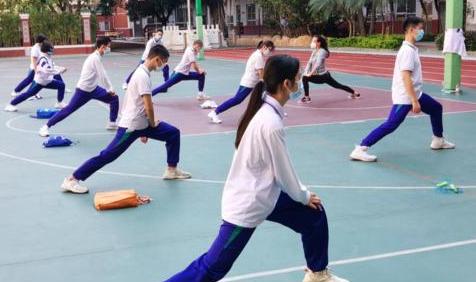 廣州:這些情況下 中小學體育課可不戴口罩