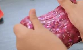 """玩具安全提示 新奇""""泥""""玩具 存在誤食中毒風險"""