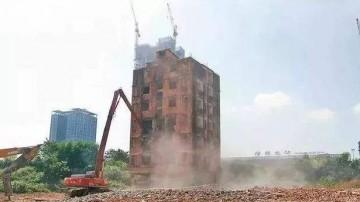 """深圳:""""钉子户"""" 拆迁获赔1.3亿?谣言!"""