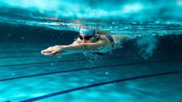 游泳不注意这些 小心得游泳肩