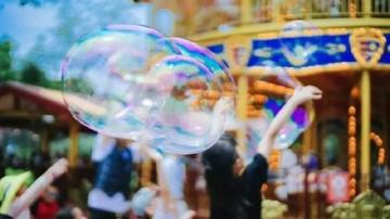 [2019-07-18]南方小记者:长隆开启泡泡狂欢节