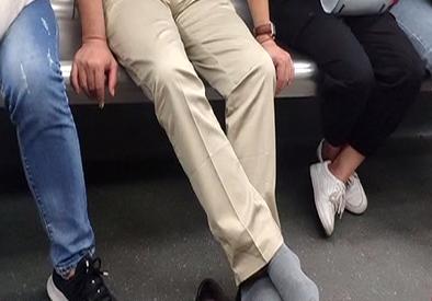 """地铁文明出行 地铁不文明现象 哪些最""""犯众憎"""""""