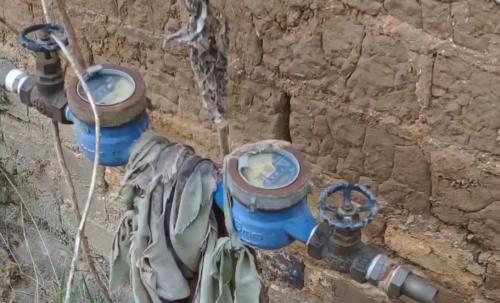 罗定:龙凤村自来水管成摆设 建成7年未通水