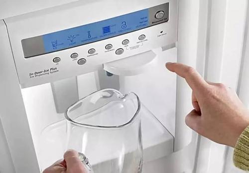 实测饮水机 你想象不到的脏!