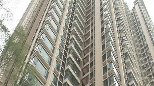 廣州黃埔區 小區物管被解聘 但拒不撤場