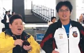 """痴粉狂追谭咏麟30年 """"站姐""""与明星爱恨情仇"""