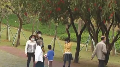 防疫不松懈:湛江部分公园景区 防疫依然严阵以待