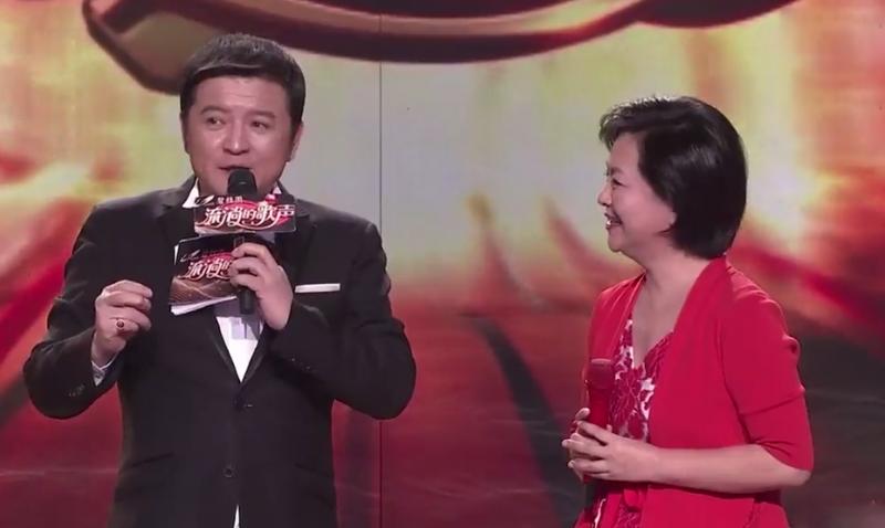 [HD][2019-03-02]流淌的歌聲:鞠萍即興演唱《我愛你中國》
