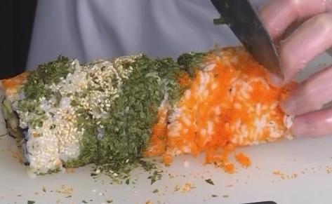 制作花卷寿司