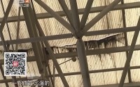 中山:轻轨站漏水 外面下小雨站内下大雨