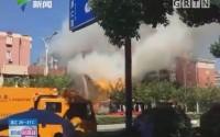 浙江:杭州一商铺发生燃爆 威力巨大