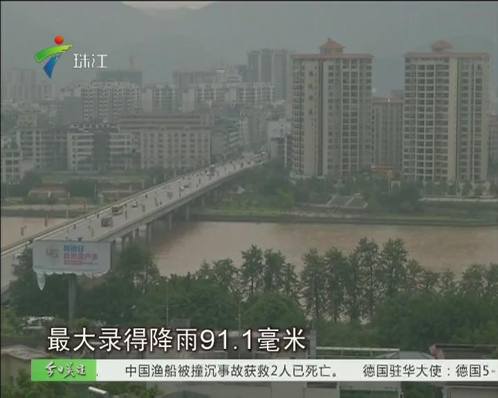 清远:暴雨突袭阳山 学校水浸国道交通中断