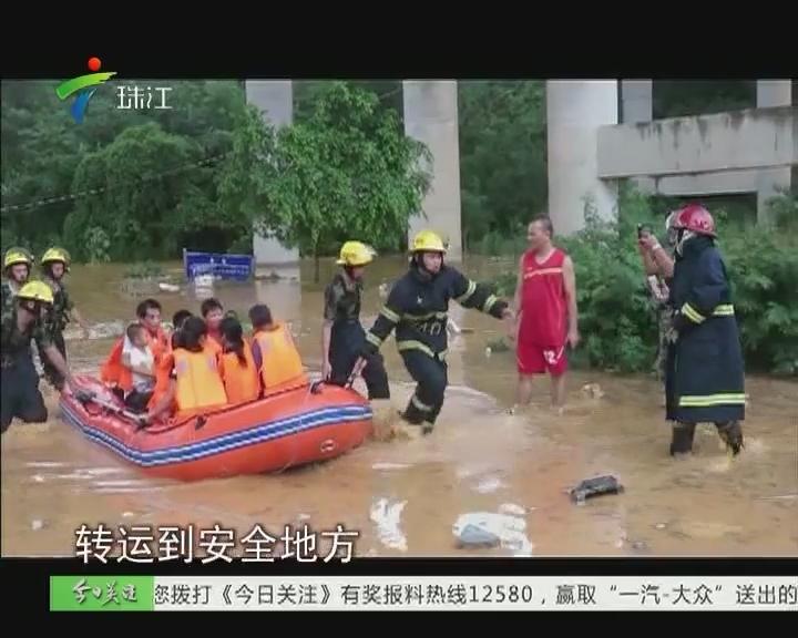 """深圳:清晨突发暴雨 龙岗多处""""沦陷"""""""