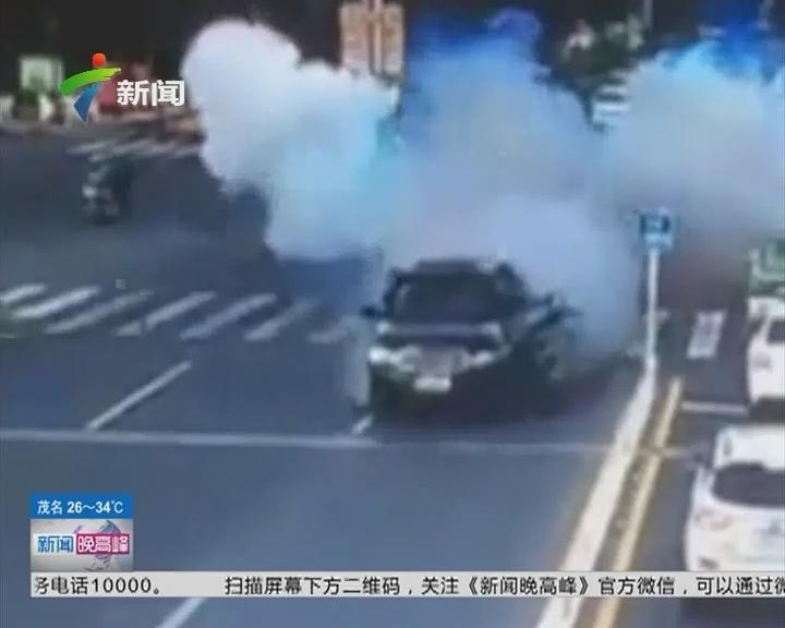 河北:路虎越野车经过十字路口时突然发生爆炸