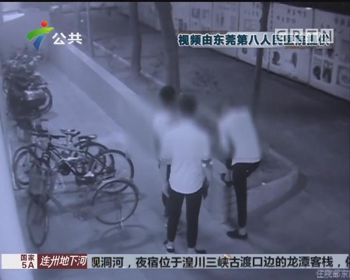 东莞:深夜医院病房遭窃 保安护士合力擒贼