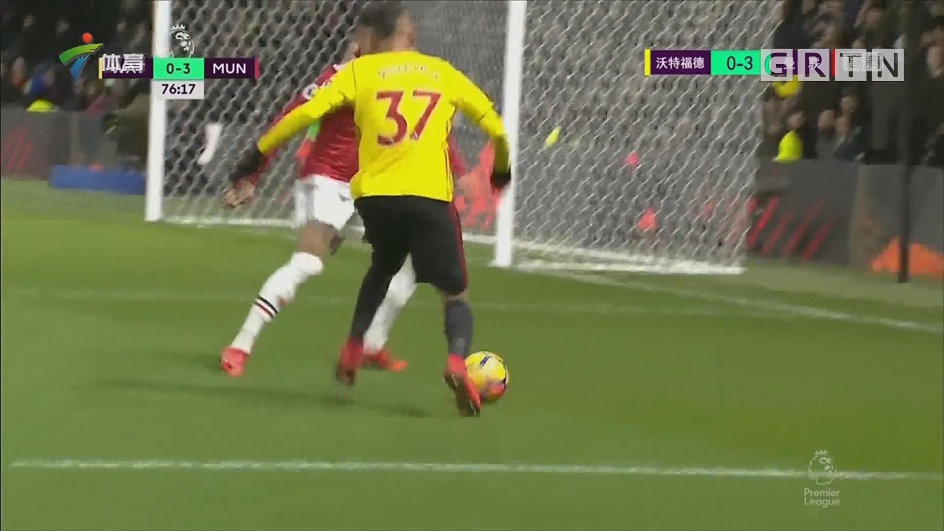 阿什利·扬梅开二度 曼联收获三连胜