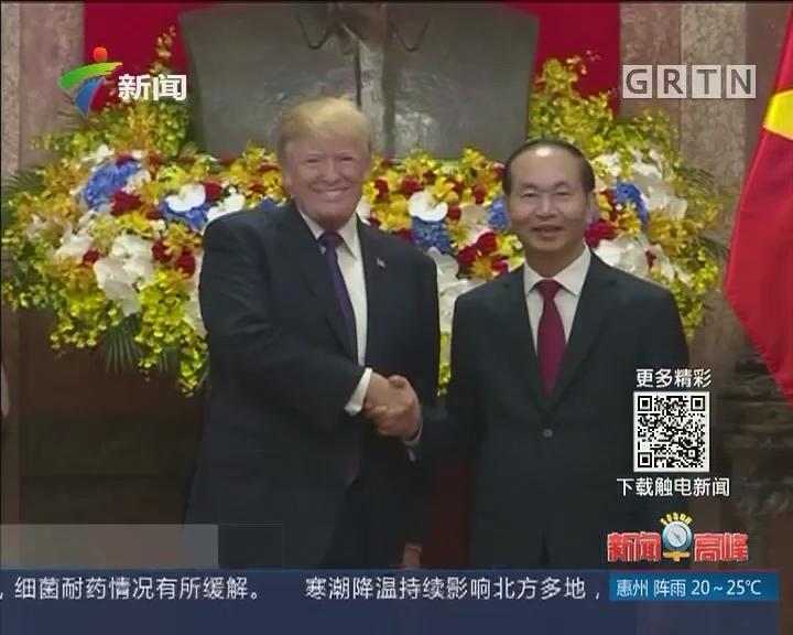 越美表示将深化经贸和安全合作