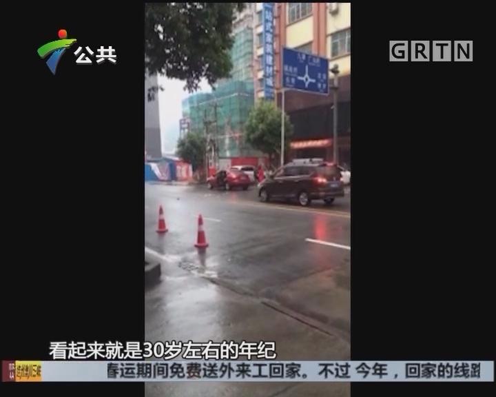 惠州:街头发生争吵 男子打砸车辆