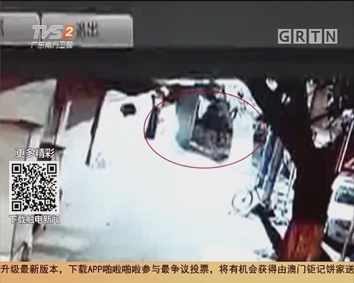 韶关:大胆!警车竟被砸玻璃