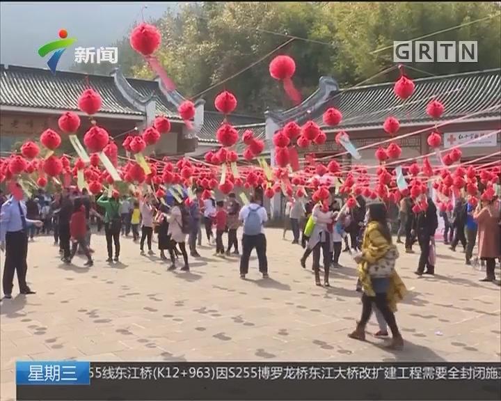 春节黄金周景区火爆 公安交警全力保安全