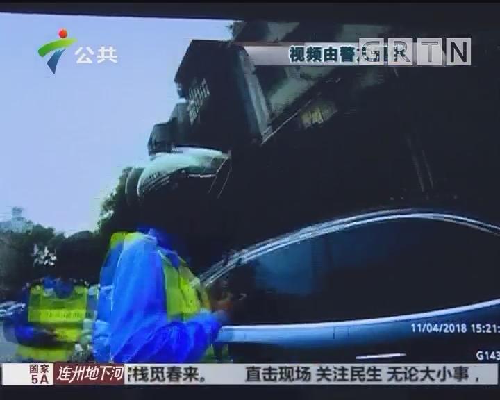 珠海:女子开车途中突然不适 交警紧急送医