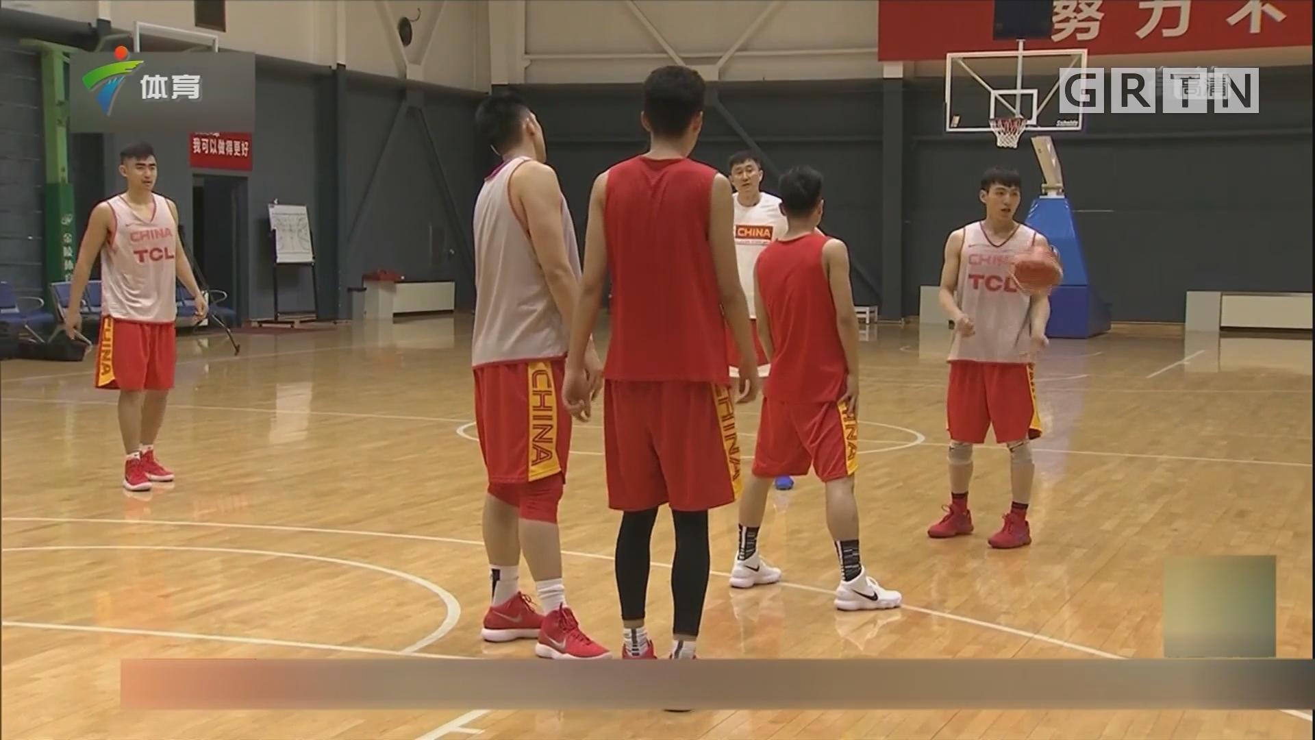 中国男篮蓝队训练抓细节