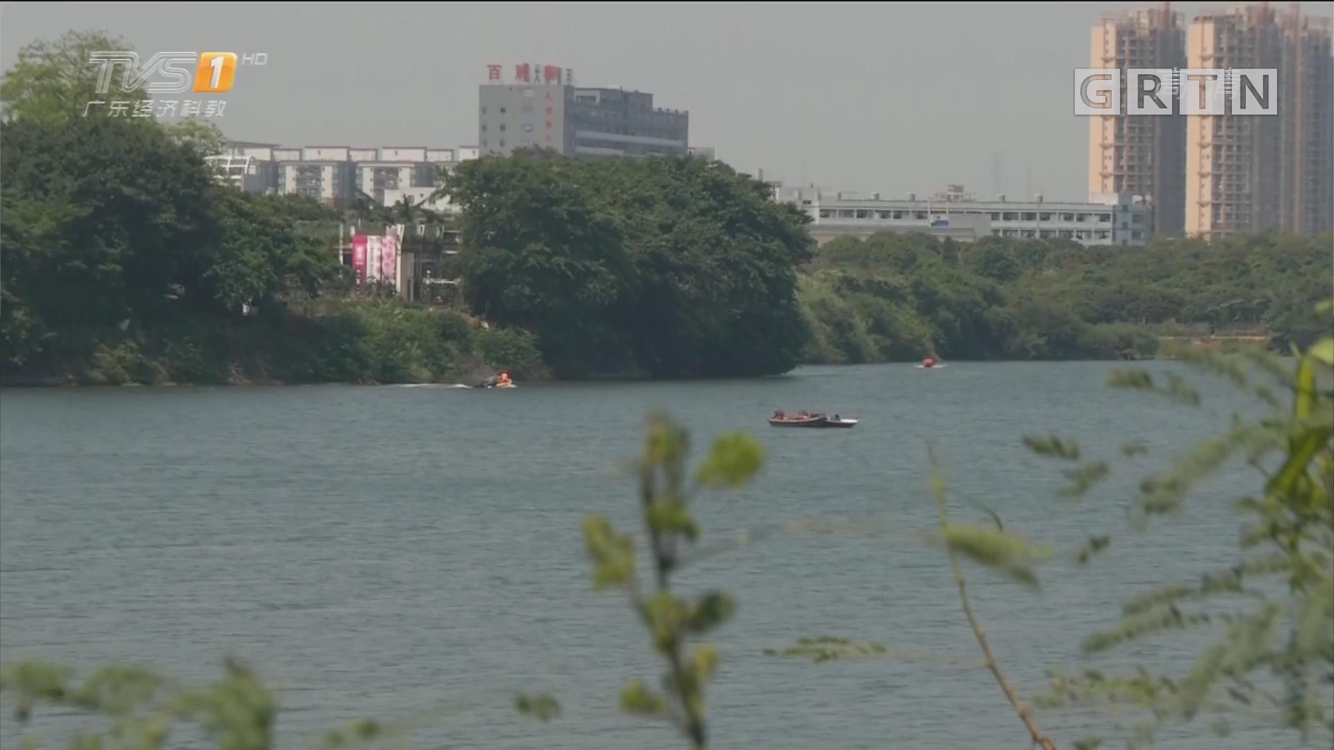 深圳宝安:围湖抓凶第三日 疑似凶手尸体打捞上岸