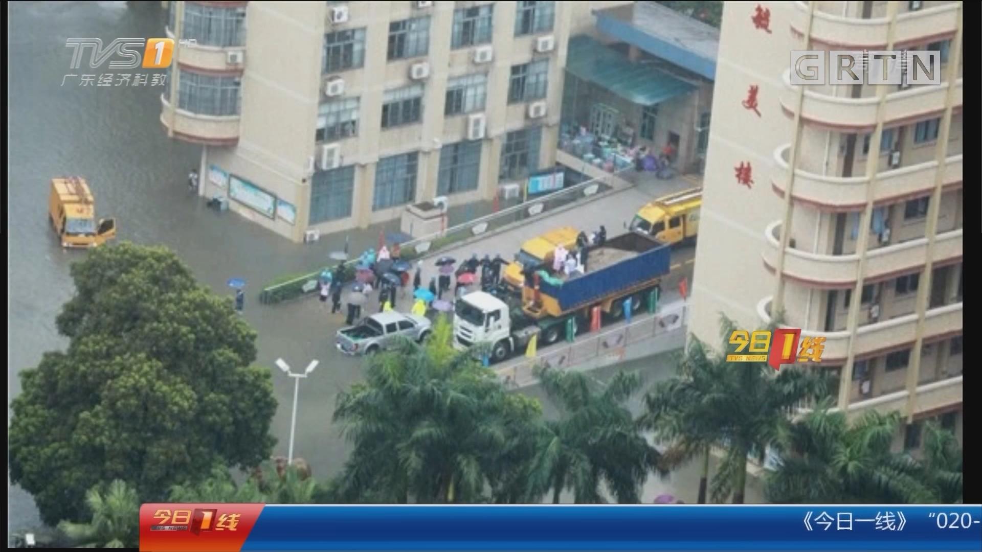 清远:学校水浸 集装箱搭桥让考生进场
