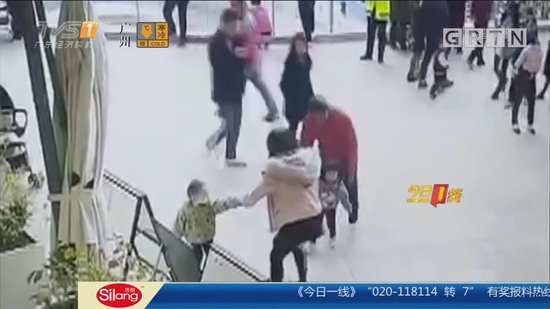 深圳龙岗:女童商场内遭强行抱走? 警方介入调查