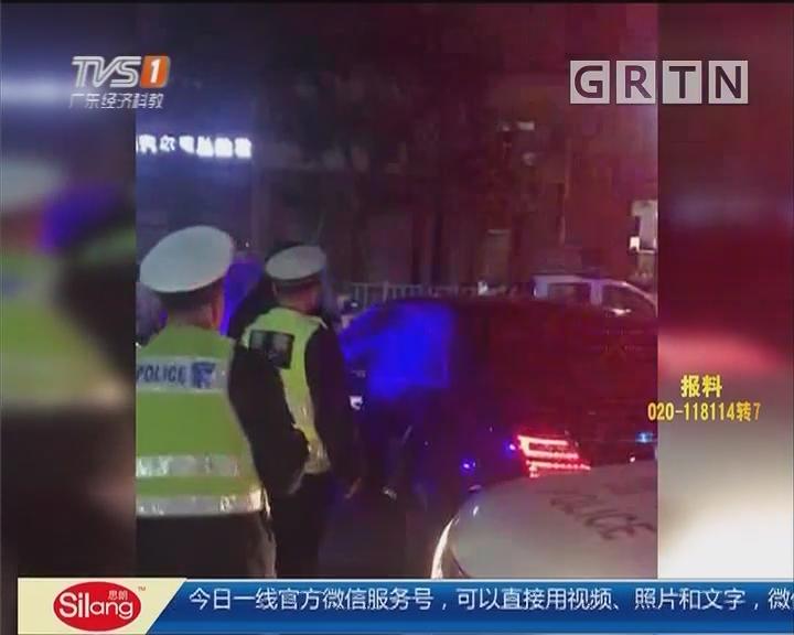 东莞横沥:醉驾司机肇事后沉睡不醒 交警破窗拉人