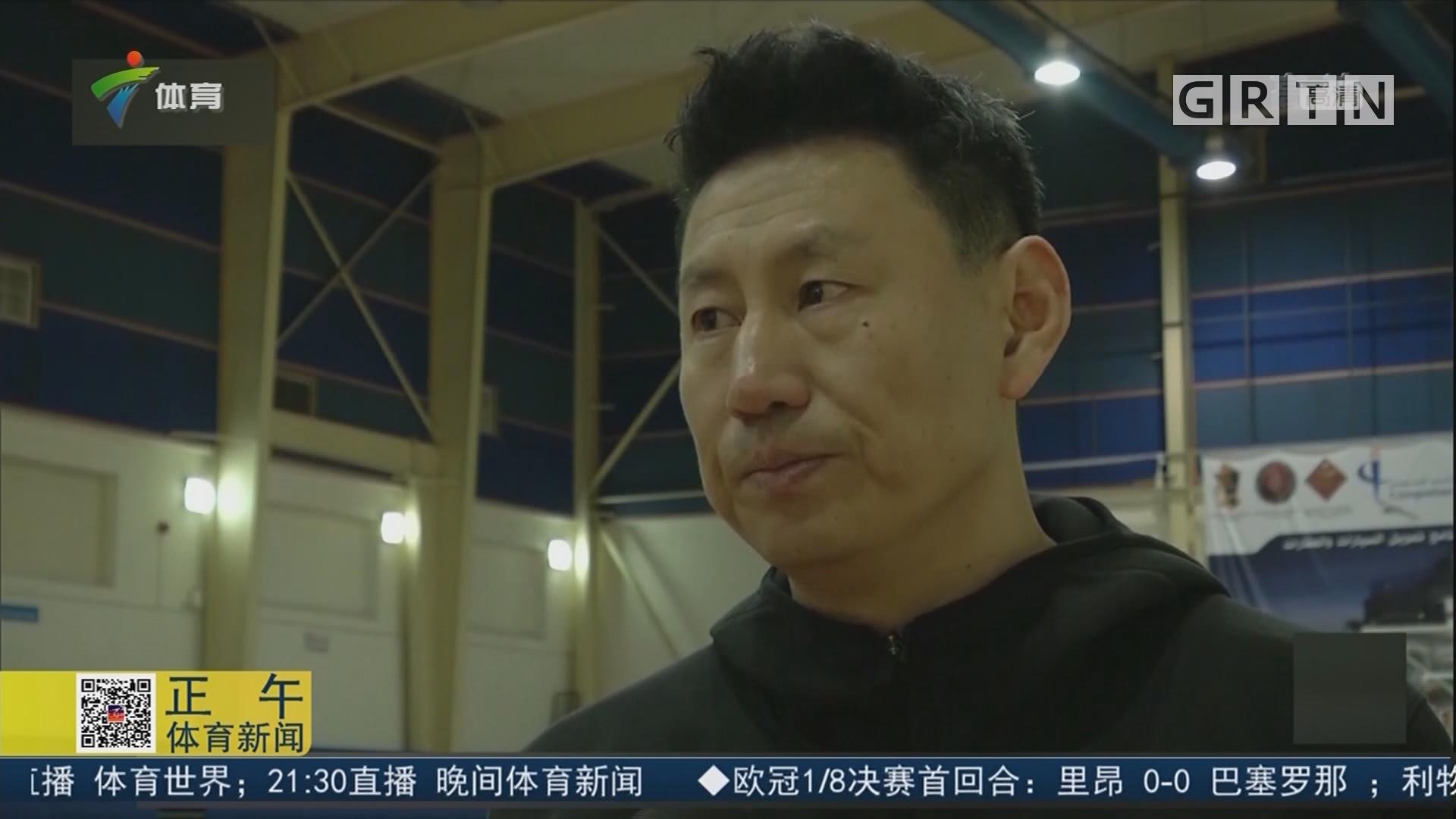 备战世预赛 中国男篮抵达约旦