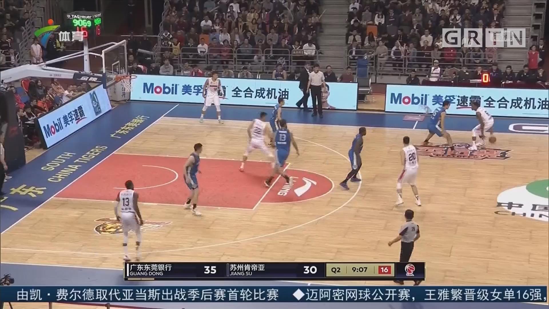 篮球评述员——张健