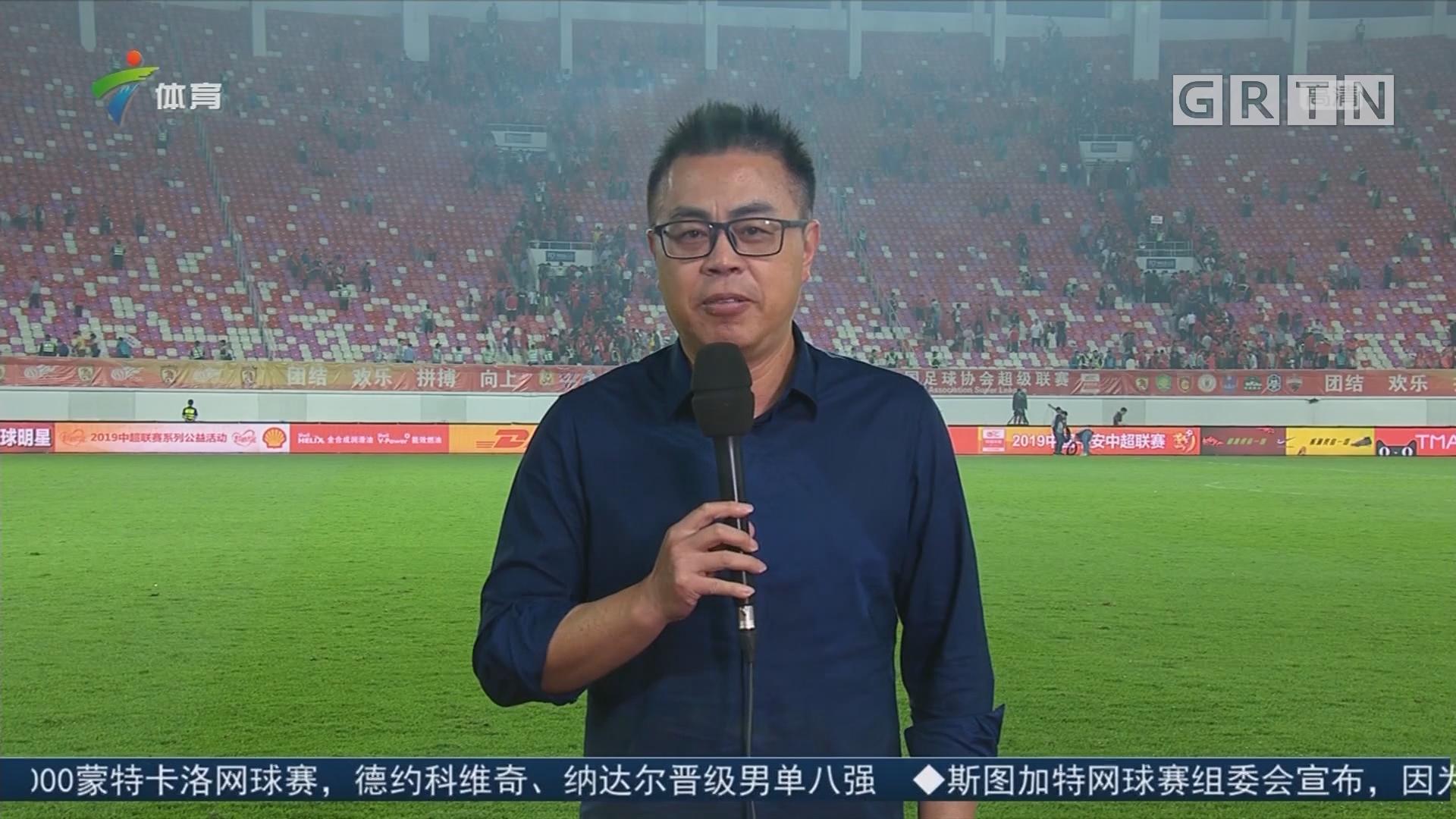 足球评述员——陈宁