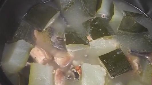 肇实薏米煲冬瓜