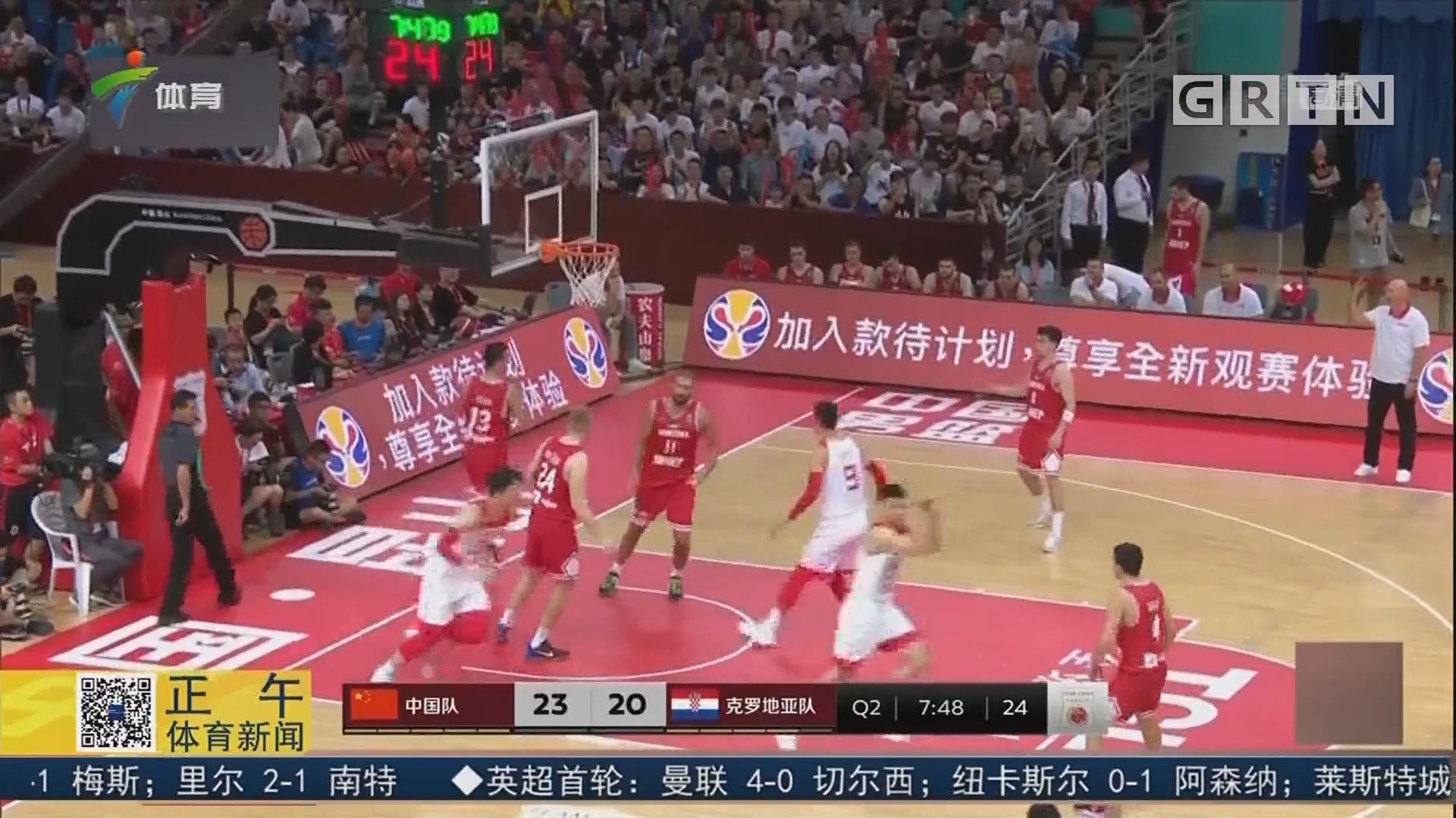 """""""双塔""""发威 中国男篮昆山四国赛取两连胜"""