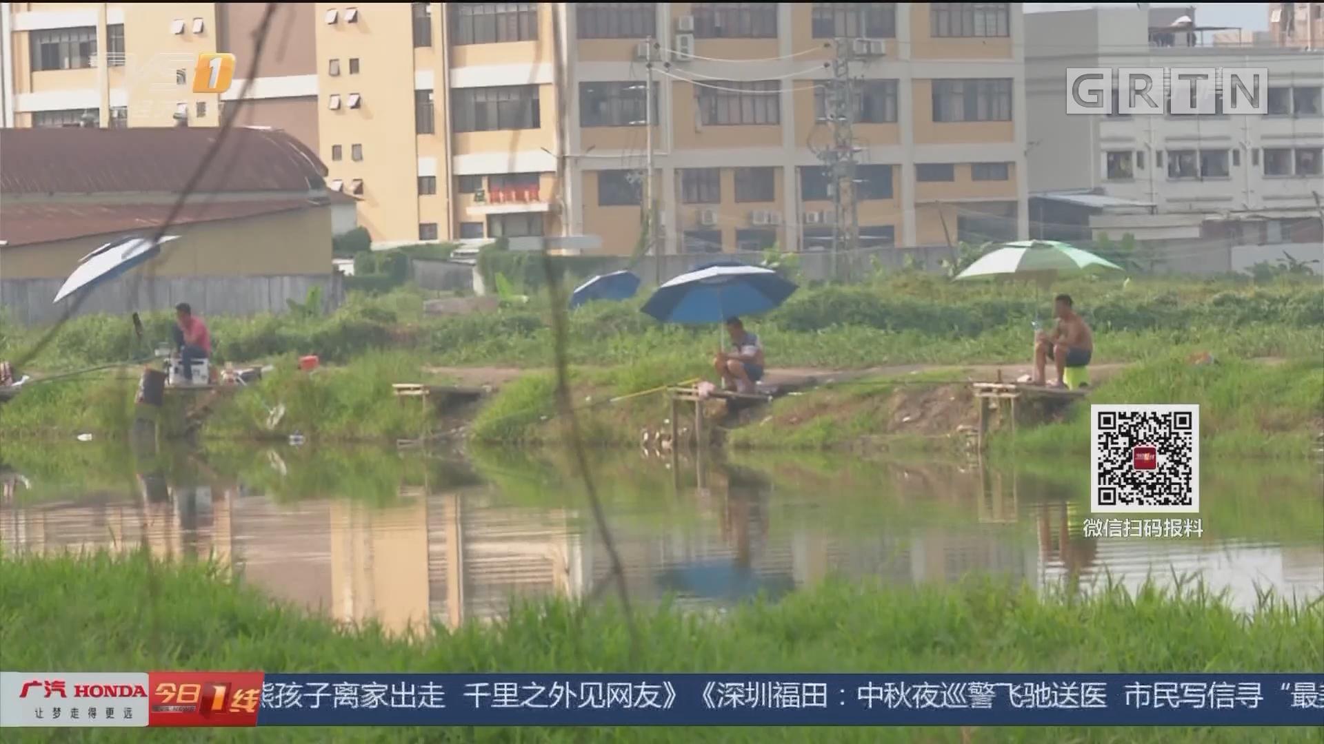 中山三乡:钓鱼不慎落水 消防紧急救援