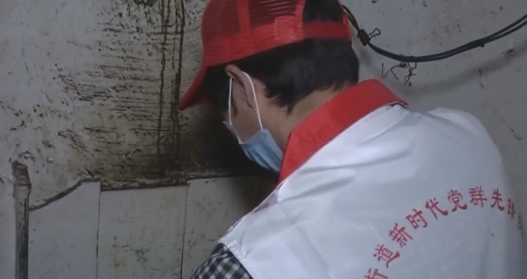 """广州:打工者""""手停口停"""" 社区为其排忧解难"""