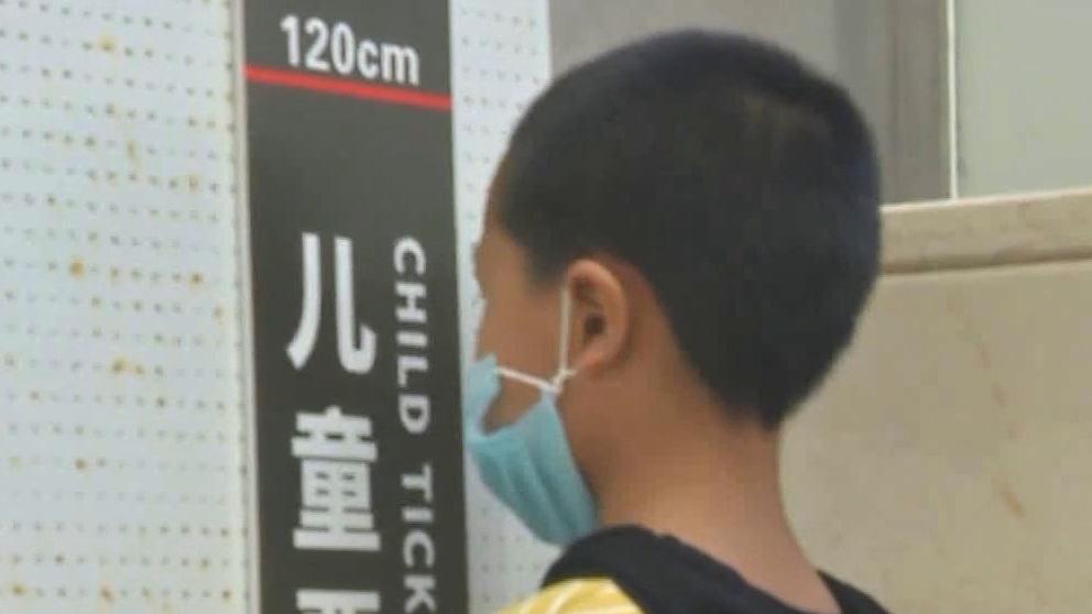 火车优惠票 以年龄还是按身高 购火车优惠票?