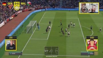 抗疫在家的虚拟足球对碰