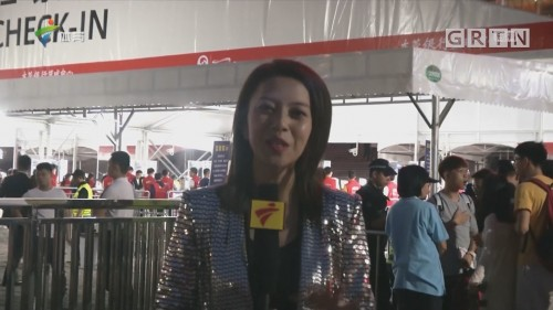 体育频道记者前方发回的报道