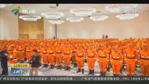 佛山:上千群众夹道欢送救火英雄
