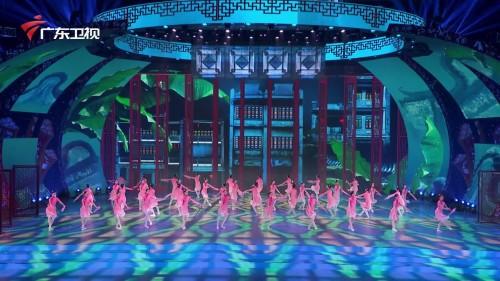 在骑楼巷陌中聆听中西文明对话,这台原创芭蕾舞美到极致