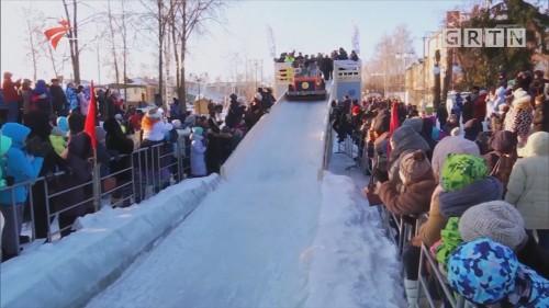 冬季雪橇大赛奇特改装吸引选手参赛