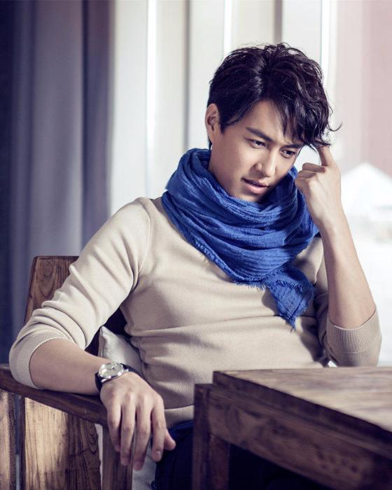 靳东与女演员拍戏过程中开房 工作室 恶意诽谤