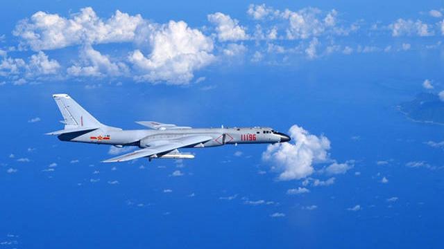 宫古海峡距离上海约800公里,距离台湾370公里,巴士海峡距离台湾370