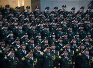 驻澳部队举行升旗仪式庆祝澳门回归祖国17周年